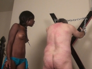 black-mistress-whipping (7)