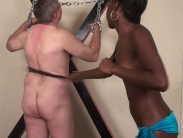 black-mistress-whipping (2)