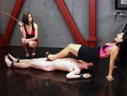 femdom-tortur-04
