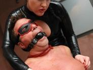 latex-mistress-femdom-008