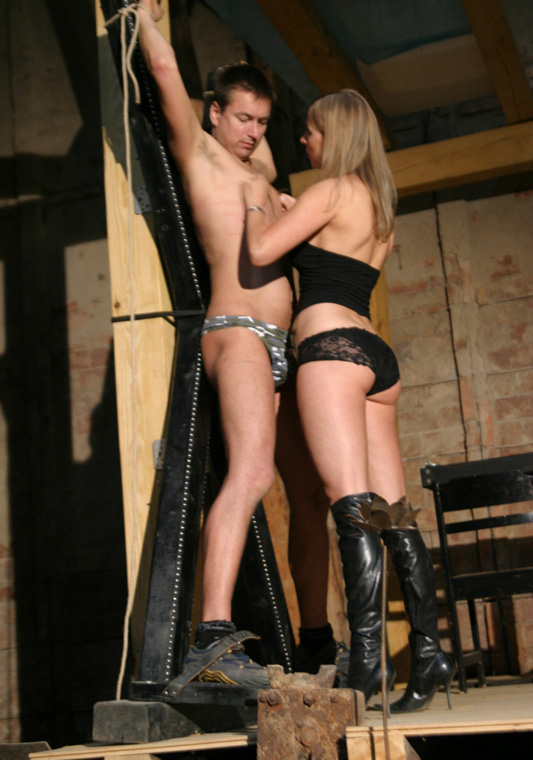 Teen bdsm submissive services her dominatrix 8