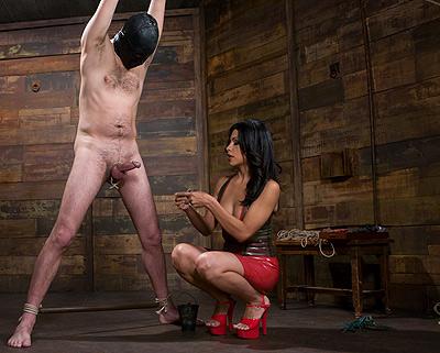 2 mistresses torturing femdom slave